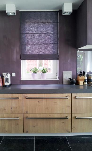 tijdens de bouw heeft colorz voor alle ruimtes gordijnen en vouwgordijnen opgemeten en laten maken de indeling en uitstraling van de keuken badkamers en